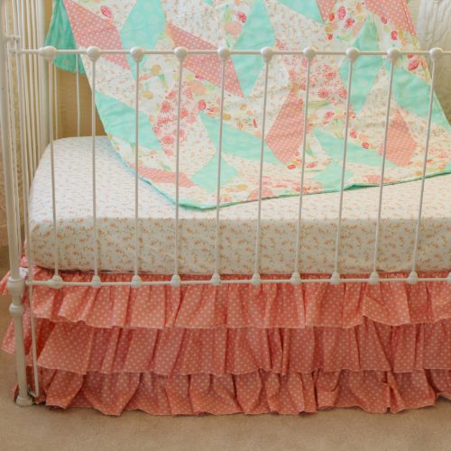 Reminisce Herringbone Peach and Mint Quilt Full