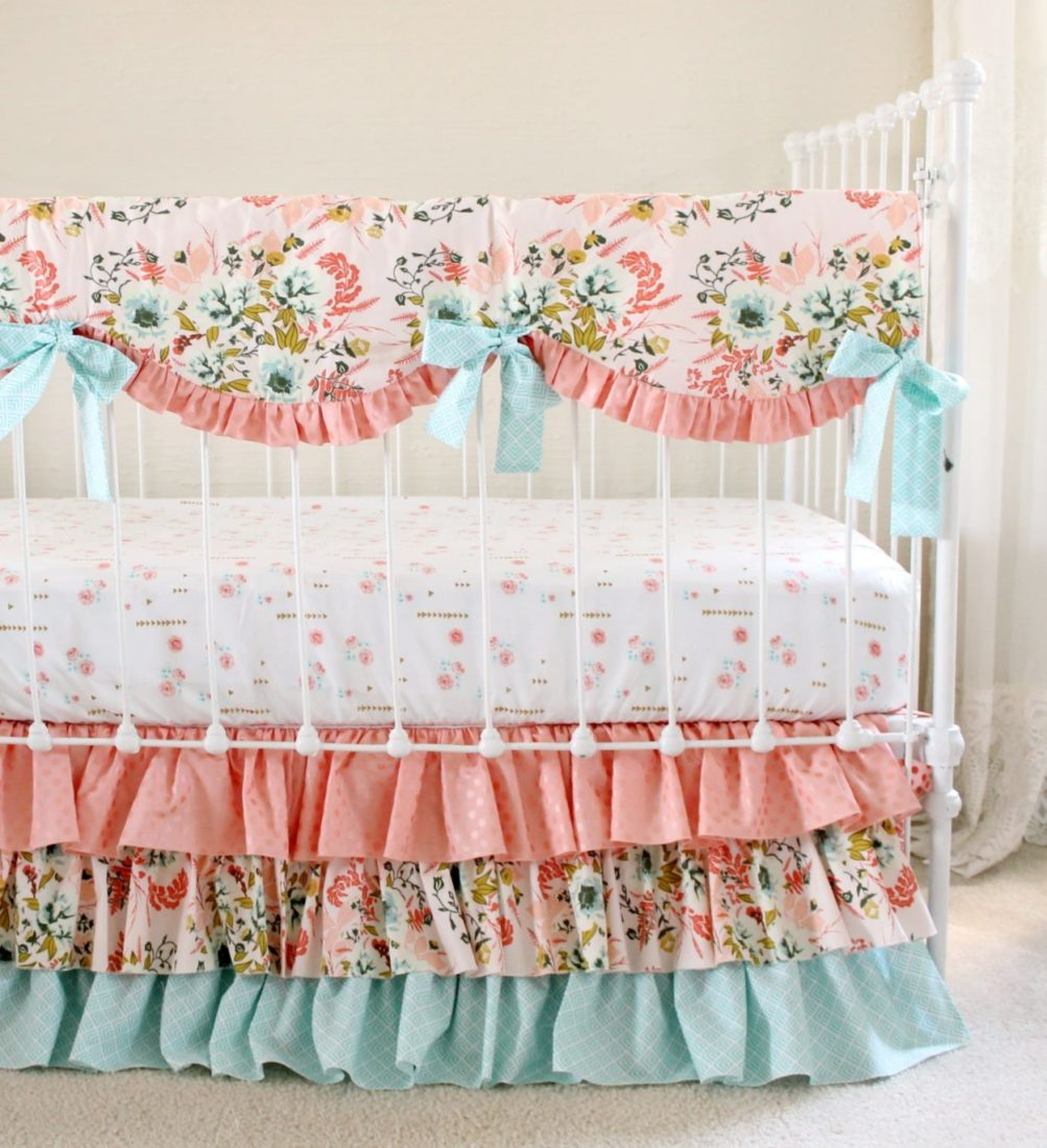 Bumperless Crib Bedding Blush Pink Floral | Lottie Da Baby ...
