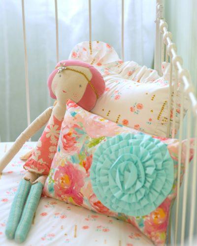 Pastel Peony pillow set