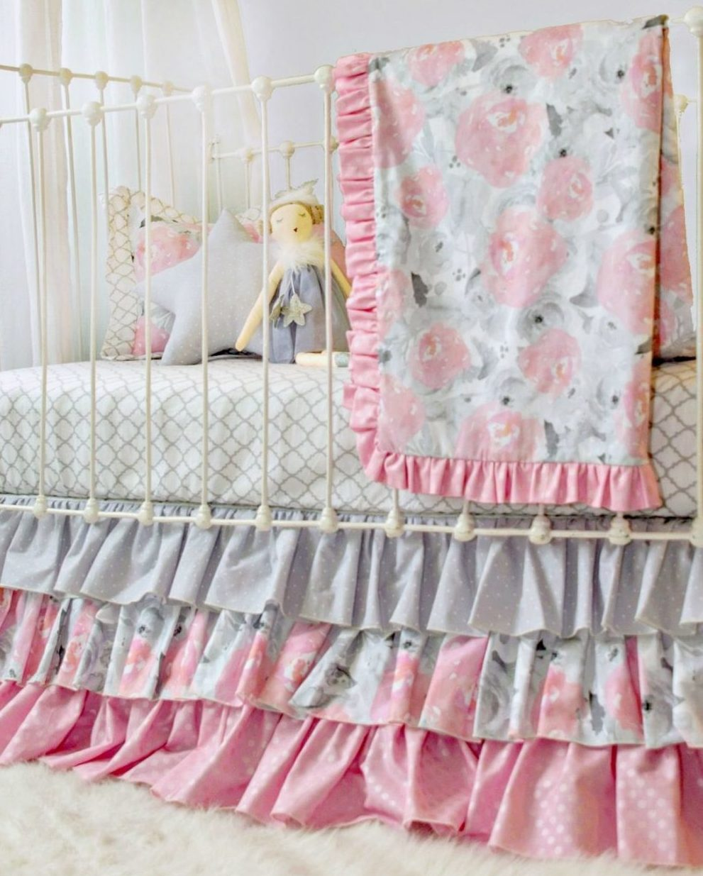 wooden onionskeen the for baby a dreaming of design cribs size small spaces best girl table kid infant com sheets scheme white with your crib bedding make sets full